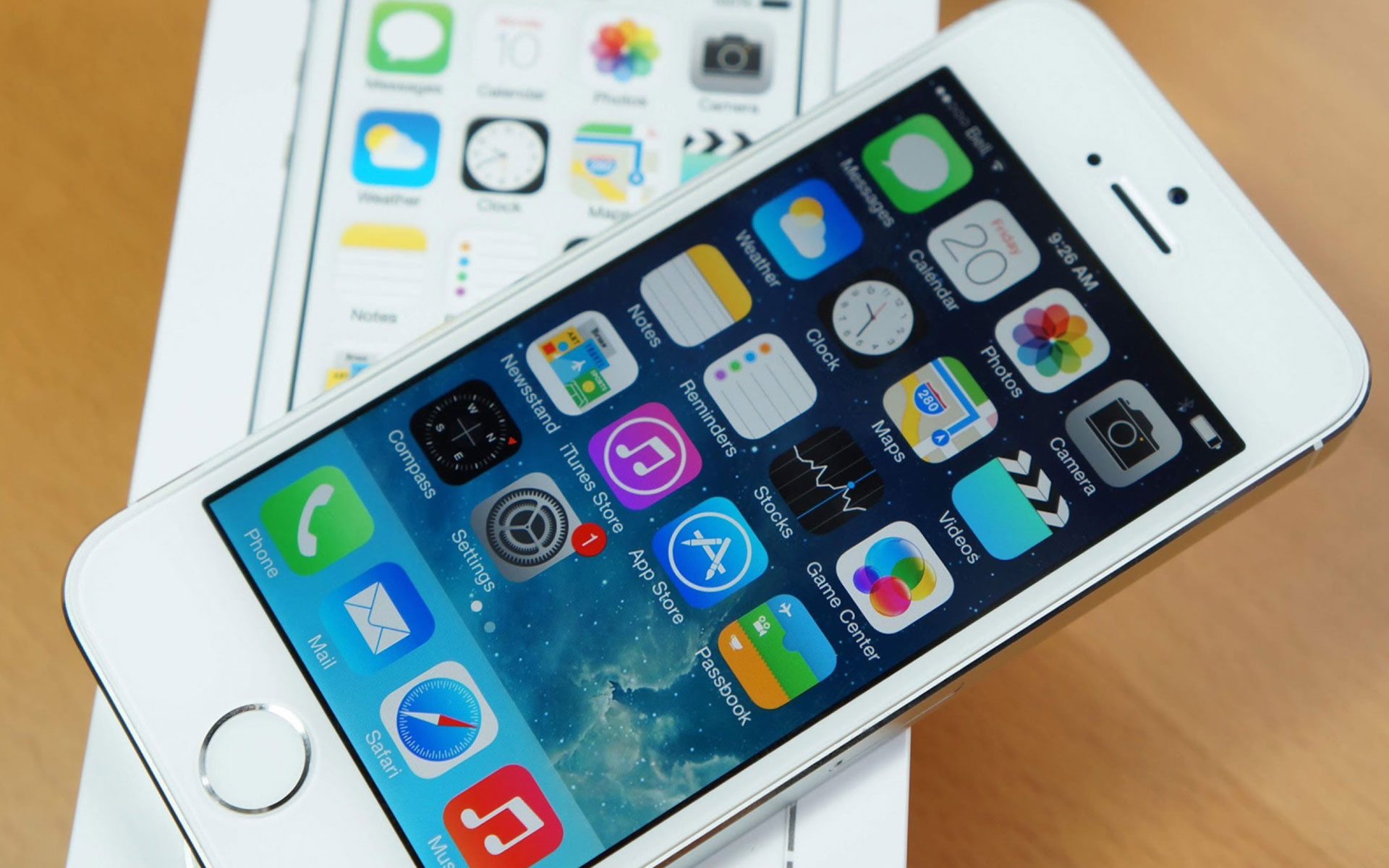 iPhone 5S от Apple на базе iOS 7