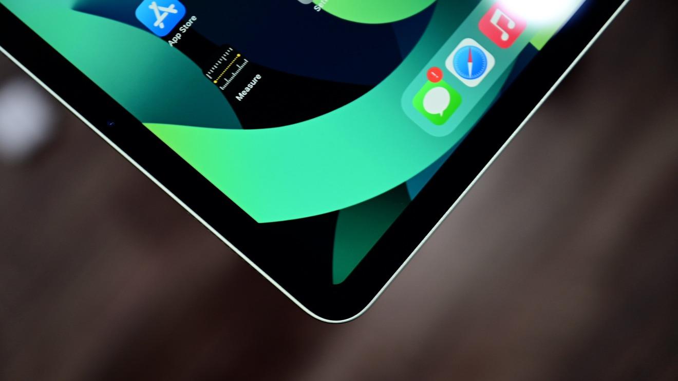 Жидкокристаллический дисплей Retina в iPad Air 4